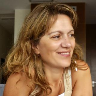 Isabel Neira