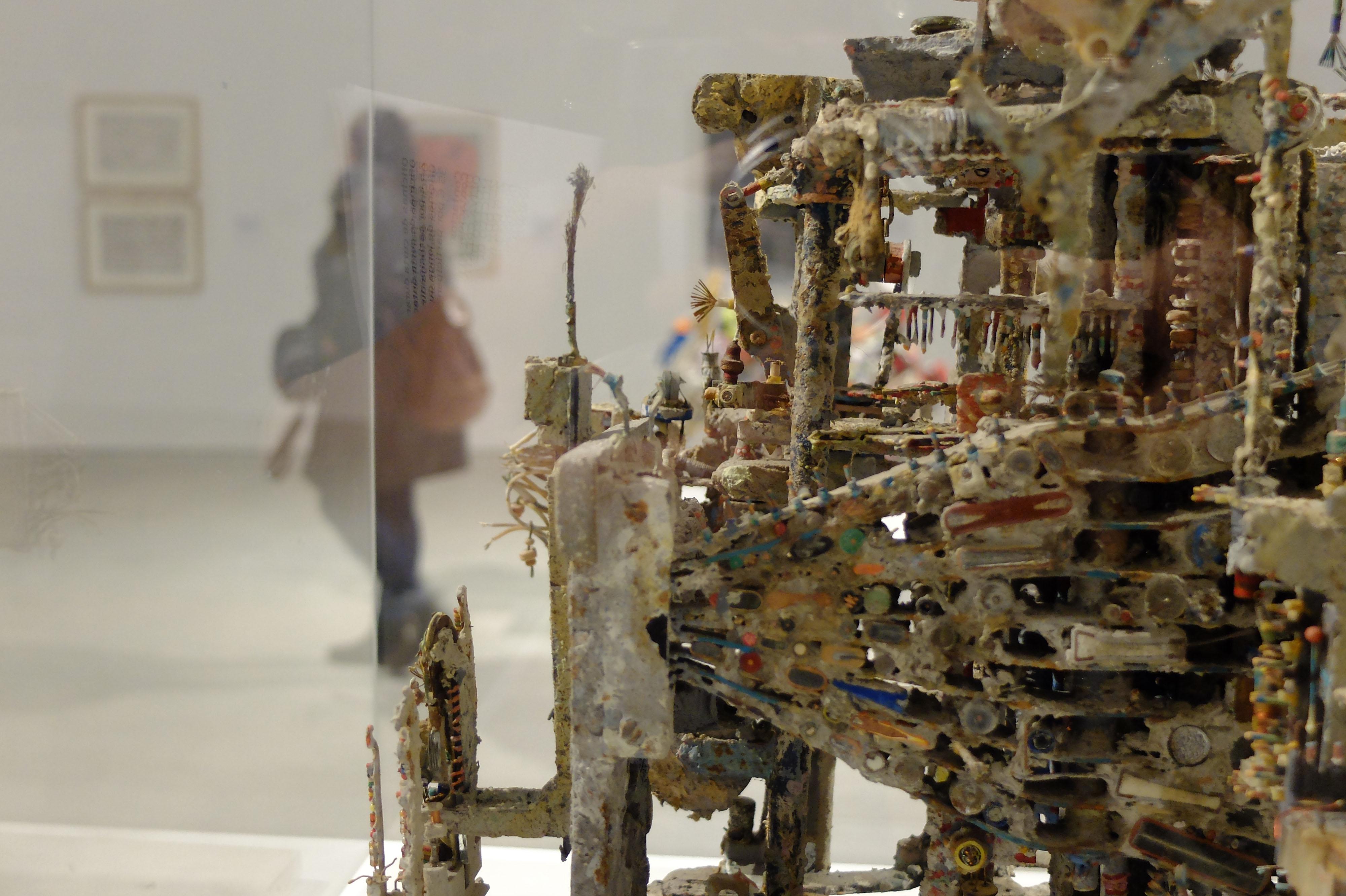 """Exposición """"Arte Bruta"""". No núcleo de arte da Oliva Creative Factory, en São João da Madeira"""